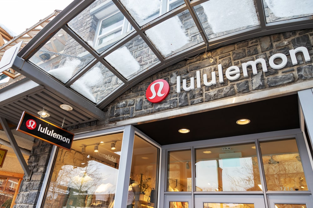 A photo of the exterior of Lululemon's retail shop located in Banff, Canada.