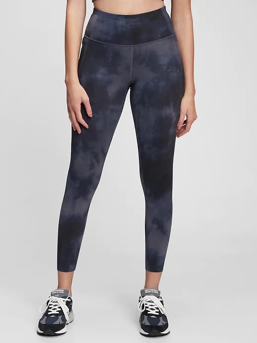 A pair of GapFit High Rise Recycled Power Leggings in Navy Blue from Gap.